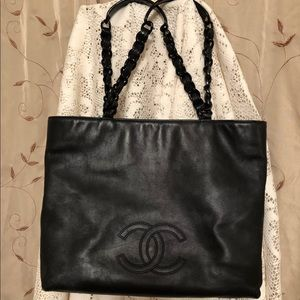 CHANEL Handbag/Tote
